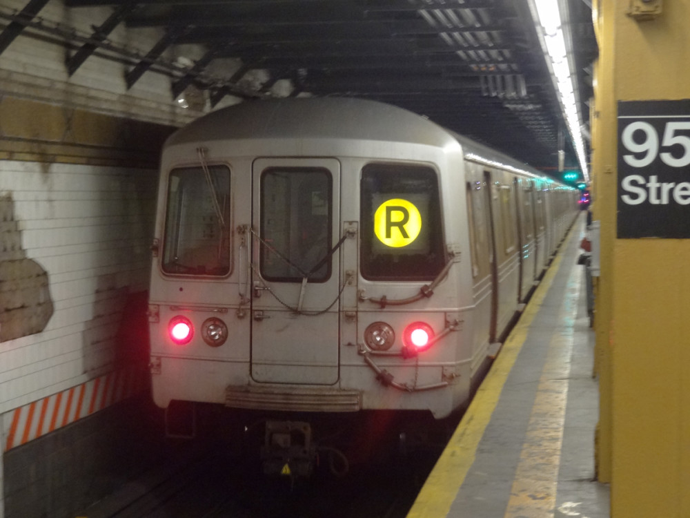 At least it isn't the C-train, and at least it isn't 1999 anymore. (Photo by Hey Ridge)