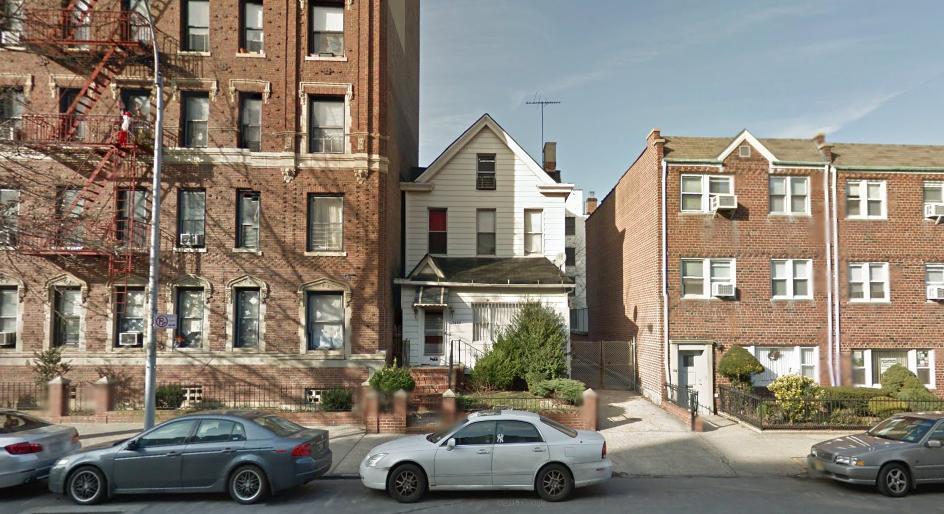 Mixed housing heights in Bay Ridge