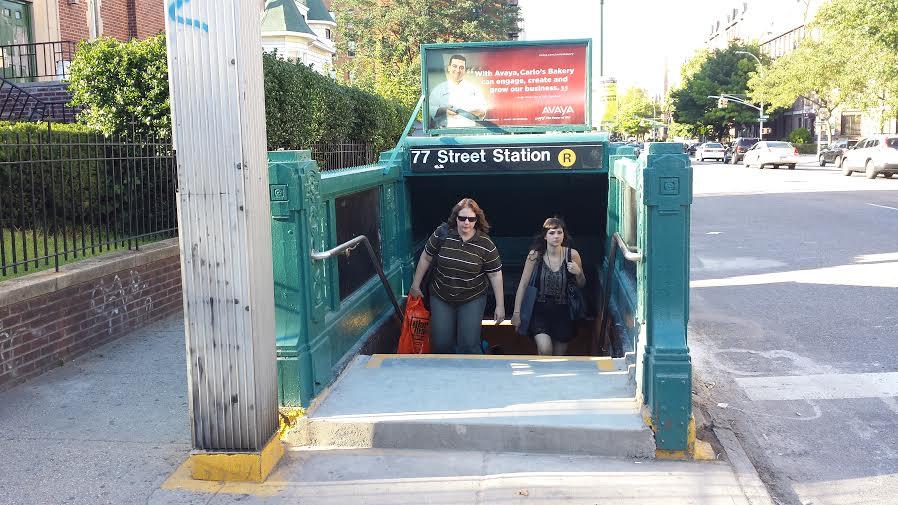 77th Street R subway station