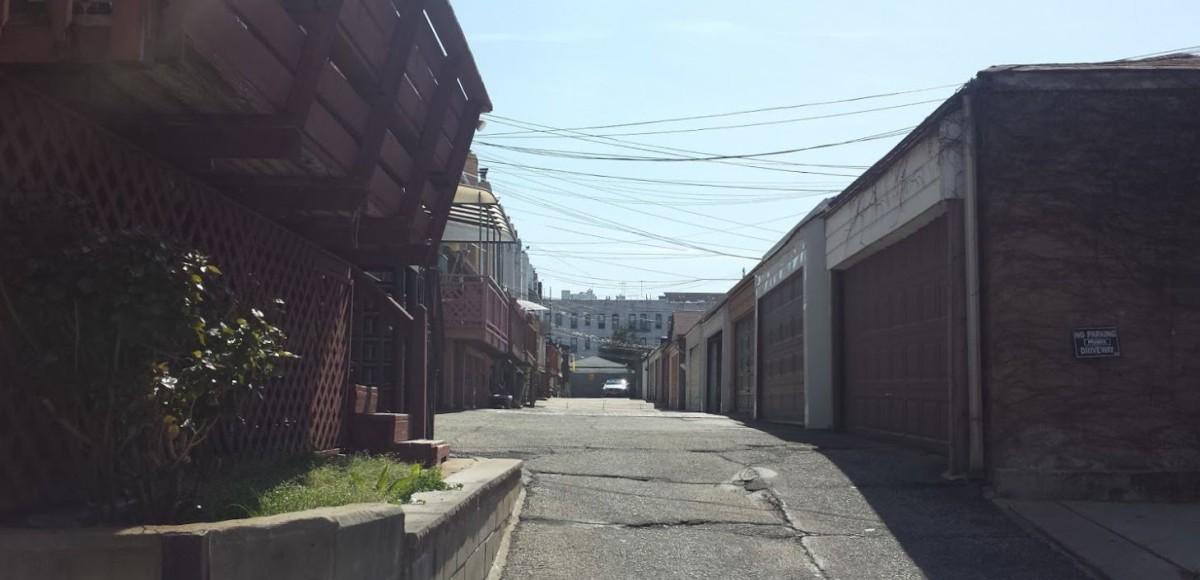 Denyse Lane driveway