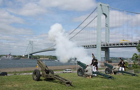 Fort Hamilton canons